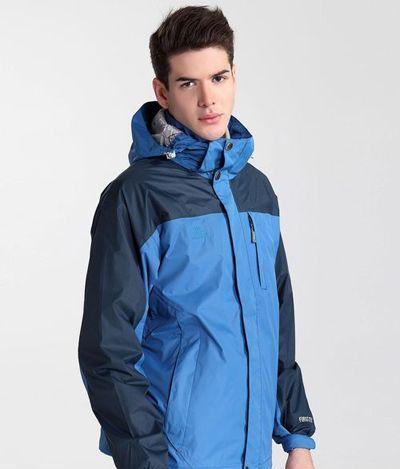 如何选择定制滑雪服_0